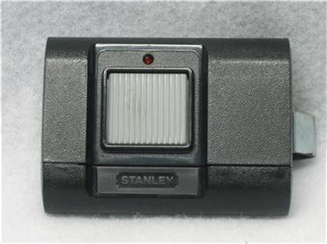 Stanley Garage Door Remote by Used Stanley Model 1050 Garage Door Opener Remote