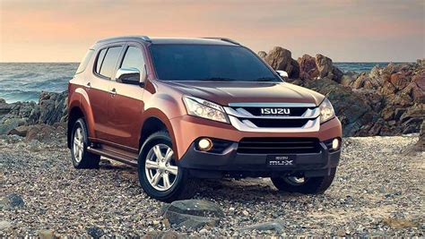 Step in and begin your journey effortlessly with the passive entry and start stop system. Isuzu MU-X LS-T 2014 review | CarsGuide