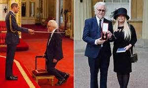 Billy Connolly receives knighthood at Buckingham Palace ...