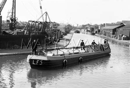 Fireboat Pumps by Caption Quot A Monkey Barge Fireboat Fitted With Trailer