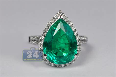 womens pear emerald diamond halo ring  white gold  ct