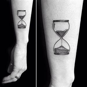 Small Hourglass Tattoo Venice Tattoo Art Designs