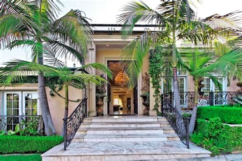 Unknown Palatial House by Shah Rukh Khan S Vacation Home In