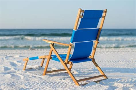 beach chairs with footrest wooden beach chairs