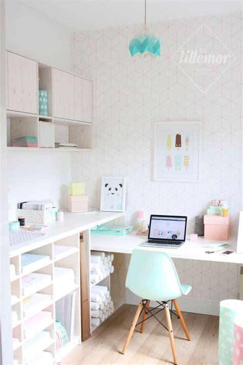 un bureau un bureau au style scandinave et girly aux couleurs