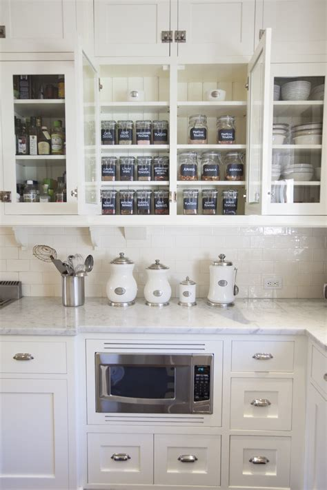 kitchen cabinet organizing ideas rangement cuisine fonctionnel en 15 id 233 es astucieuses et 5622