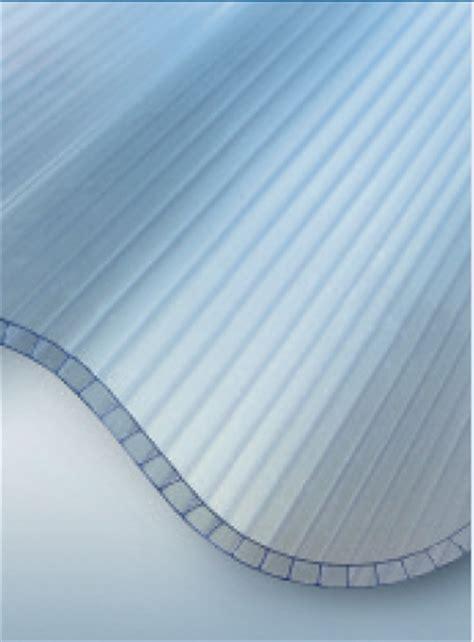 lichtplatten aus polycarbonat lichtplatte polycarbonat hohlkammerplatte wellprofil kondensatschutz in polycarbonat der