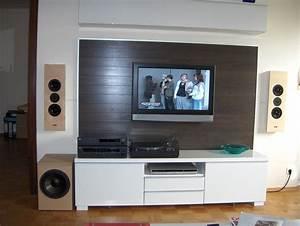 Tv An Wand Anbringen : fernseher wand bauen m bel design idee f r sie ~ Markanthonyermac.com Haus und Dekorationen