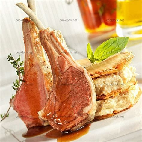 fleur de thym cuisine photo culinaire carré d agneau à la fleur de thym