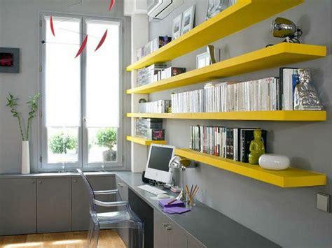 le bureau jaune le bureau avec étagère designs créatifs archzine fr