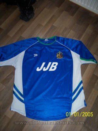Wigan Athletic Home football shirt 2002 - 2003. Sponsored ...