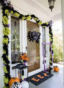 Deco Halloween Diy : 40 cool halloween front door decor ideas digsdigs ~ Preciouscoupons.com Idées de Décoration