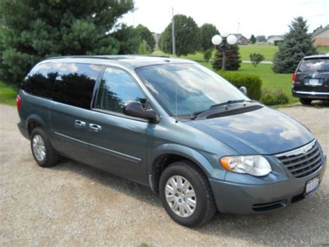 2006 Chrysler Town And Country Parts by Buy Used 2006 Chrysler Town And Country Lx Edition