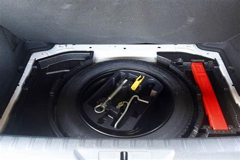 roue de secours galette peugeot 5008 essai peugeot 308 1 6 thp 125 bvm6 un petit tour et puis s en va
