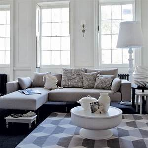 Relaxed white living room | Modern living room ...