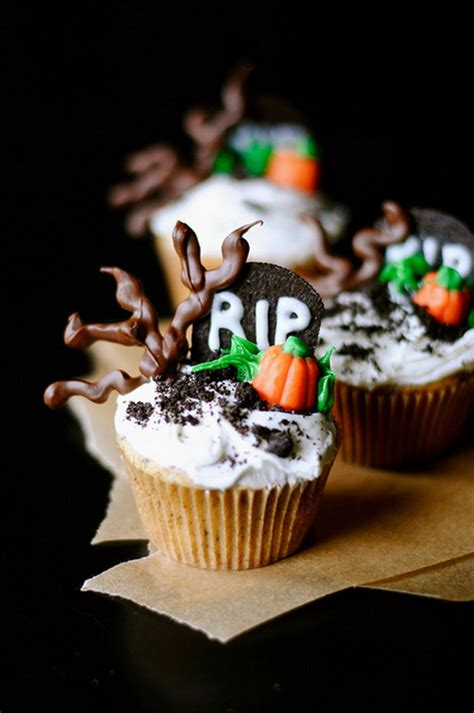 spooky halloween cupcake ideas family holidaynetguide