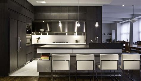 difference  modern  contemporary kitchens
