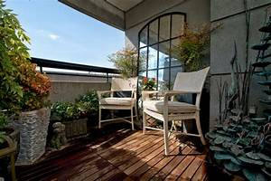 balkongestaltung 50 fantastische beispiele With balkon teppich mit tapeten badezimmer beispiele