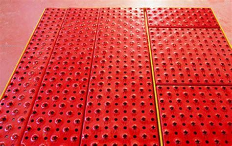 piastrelle metalliche pavimenti antiscivolo a torino