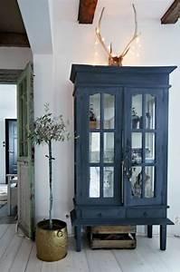 Alte Fliesen Streichen : die 25 besten ideen zu alte m bel streichen auf pinterest restaurierung alter m bel ~ Markanthonyermac.com Haus und Dekorationen