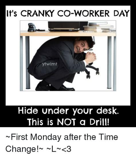 Cranky Meme - funny desk memes of 2016 on sizzle cats