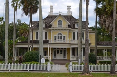 take a look at fort myers 226 millionaire row and tour it
