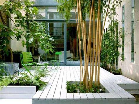 la chaise de bambou comment aménager un jardin deco cool