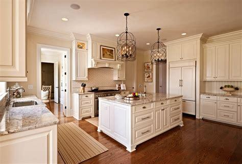 design  traditional kitchen  white kitchen