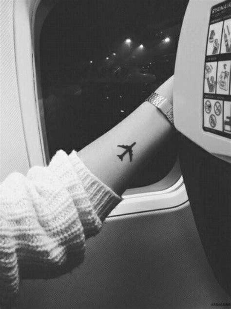 22 Small Travel Inspired Tattoos For Women - Styleoholic