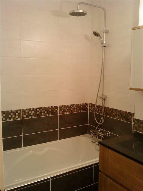 mosaique grise salle de bain salle de bain avec frise mosaique 1 salle de bain blanche et grise avec frise album photos