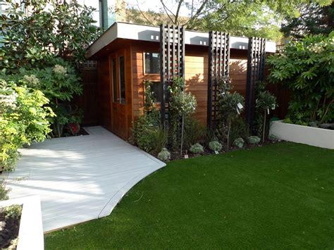 modern minimalist garden modern low maintenance minimalist garden design idea balham and wandsworth london london