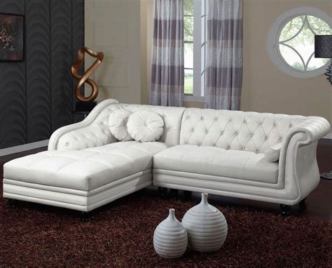 canape cuir chesterfield photos canapé chesterfield convertible cuir blanc