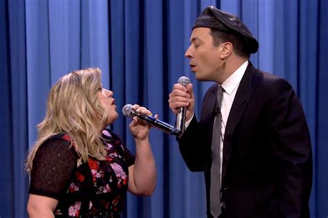 Kelly Clarkson and Jimmy Fallon Singing Duets Is The Best ...