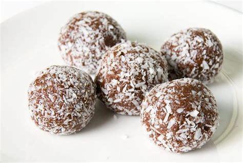 For thinner, crispier sugar cookies: 5 Sugar-Free Christmas Cookies