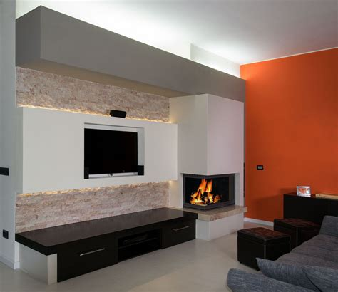 parete camino moderno modern fireplace with arabesque marble polished and