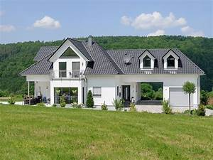 Fertighaus Bauhausstil Preise : exklusive villa effizienzhaus von albert haus ~ Lizthompson.info Haus und Dekorationen
