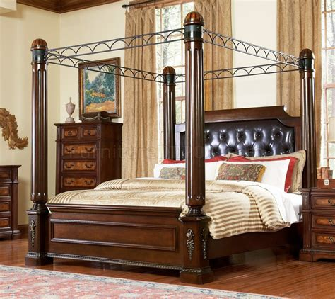 warm brown finish traditional bedroom wcanopy bed options