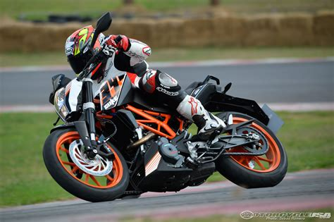 Review Ktm Duke 390 by 2015 Ktm 390 Duke Ride Review Gearopen