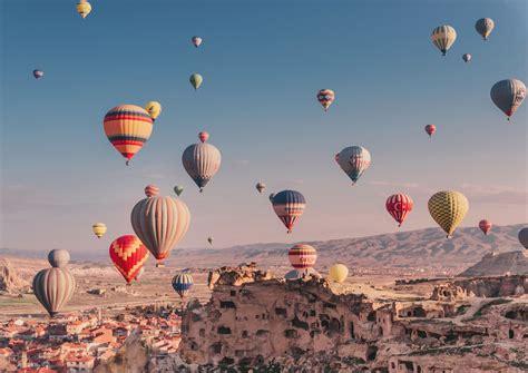 Hot Air Ballooning in Cappadocia, Turkey (SO MAGICAL ...