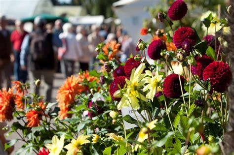 Traditionsfest Mit Grünem Markt Gartenmessen