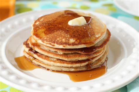 canadian food oat flour pancakes