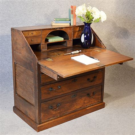 bureau large bureau large 17th century writing desk antiques