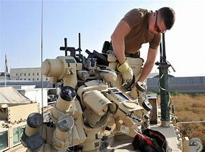 An Electronic-Optronic Technician From 2 Service Battalion ...