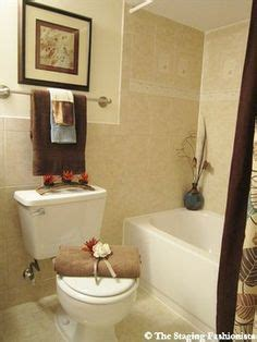 bathroom staging ideas 1000 images about staging ideas on home
