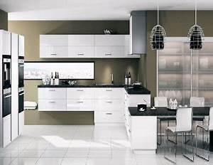 Cuisine blanche cuisine en image for Idee deco cuisine avec meuble de cuisine rouge et gris