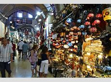 Shopping at the Grand Bazaar in Istanbul