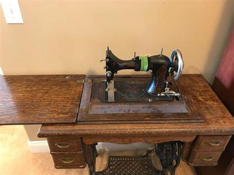 1915 davis vertical feed nvf sewing machine in cabinet appraisal instappraisal