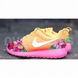 Nike Roshe Run Atomic Mango Ombre Island Floral Garden V2