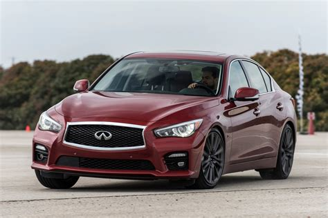 Ignition Takes a Look at the 2016 Infiniti Q50 Red Sport ...