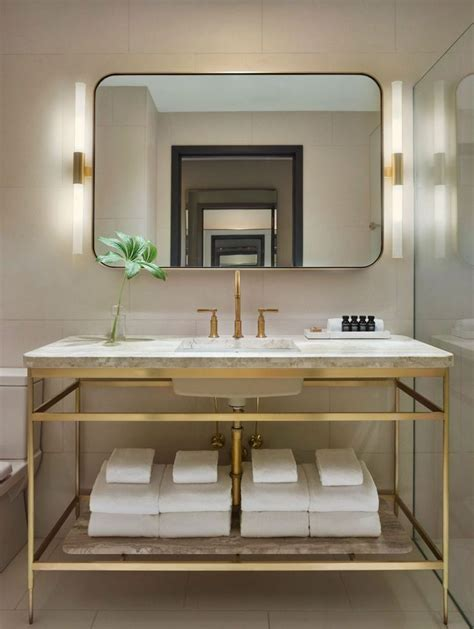 hotel bathroom ideas 25 best ideas about hotel bathrooms on hotel